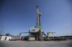 Video / Installation of drilling equipment at well №25 DTEK Oil&Gas