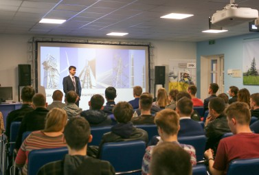 DTEK Oil&Gas employees spoke about career opportunities in oil & gas industry to students of the leading universities